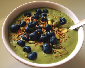 Avocado-Spinach-Protein_Bowl